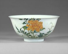 Bowl.Qing dynasty (1644–1911), Yongzheng mark and period (1723–35).Porcelain painted in overglaze famille rose enamels.H. 2 1/8 in. (5.4 cm); Diam. 4 1/2 in. (11.4 cm);65.86.12.Alfred W. Hoyt Collection, Bequest of Rosina H. Hoppin, 1965.© 2000–2012 The Metropolitan Museum of Art.