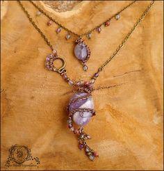 ~ Alliances éternelles ~ Collier wire wrapping double rangs, Améthyste, Fluorite, Rhodochrosite, serpent : Collier par atelier-bijoux-legendaires