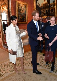 Meghan Markle and Prince Harry stepped out on Tuesday to honor Prince Charles, as it's the Anniversary of his Investiture as the Prince of Wales. Meghan and Harry had a plethora of sweet PDA moments at Buckingham Palace, and we have photos: Meghan Markle, Princess Meghan, Princess Anne, Prince Harry And Megan, Harry And Meghan, Duchess Of Cornwall, Duchess Of Cambridge, Amy, Bella Hadid