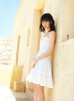 Nanase Nishino 西野七瀬 - 風を着替えて (Photobook 写真集 2016.09.27)