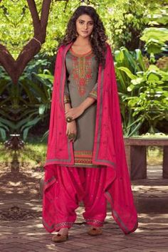 Punjabi Salwar Suits, Patiala Suit, Salwar Kameez, Chiffon Fabric, Satin Fabric, Patiyala Dress, Cotton Suit, Purple Fashion, Indian Dresses