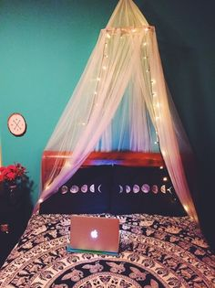 teen room   Tumblr   it's beautiful, honestly I can't believe real people live like this!