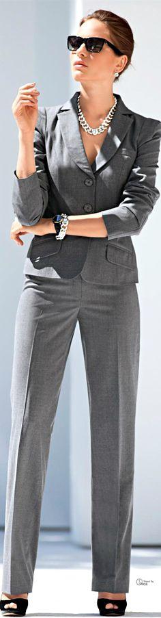Grey pantsuit, Madeleine