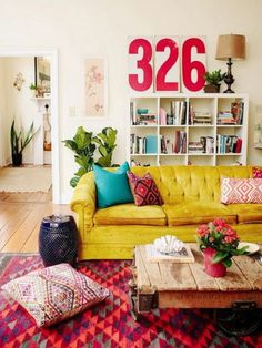 100 eclectic and quirky living room decor (8)