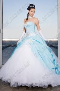oooooh this is pretty too bad i dont want a major poofy dress