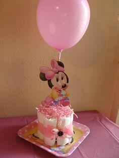 Centro de mesa, pañales y Minnie Mouse