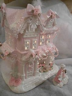 Make using she's shabby-pink-victorian-christmas-lighted-village-large-house-chic-roses-glitter Shabby Chic Christmas, Victorian Christmas, Vintage Christmas, Rose Shabby Chic, Shabby Chic Crafts, Noel Christmas, White Christmas, Christmas Crafts, Christmas Mantles