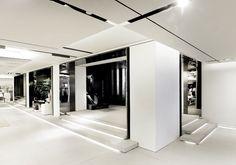 Zara store by Elsa Urquijo Architects, Hong Kong fashion #retail #architecture