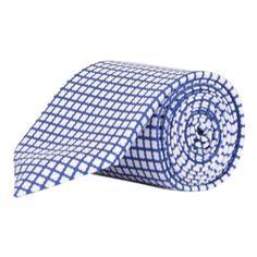 BORRELLI TIE BLUE AND WHITE PATTERN. Get it here: http://www.fernerjacobsen.no/sortiment/herre/slips-og-sloyfer/borrelli-tie-blue-and-white-pattern  #tie #mensfashion