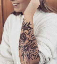 20 Cool tattoo models - Tattoos of Hannah Tattoo Girls, Girl Tattoos, Girl Sleeve Tattoos, Piercing Tattoo, Piercings, Mädchen Tattoo, Rose Tattoos, New Tattoos, Body Art Tattoos