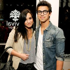 Demi Lovato friends photos | DEMI and friends rahul - Demi Lovato Photo (31907543) - Fanpop ...