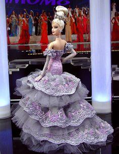 OOAK Barbie NiniMomo\'s Miss New York 2010