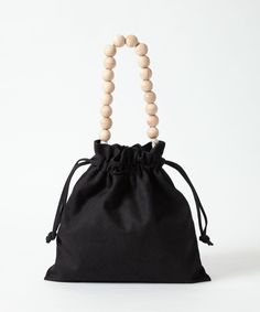 Pochette Diy, Ethnic Bag, Potli Bags, Womens Designer Bags, Diy Purse, Beaded Bags, Fabric Bags, Little Bag, Shopper Bag