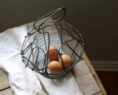 Vintage Wire Egg Basket Easter Basket Kitchen Decor by 5gardenias, $34.00