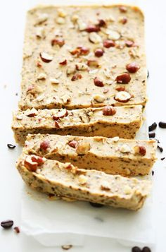 Use Coconut Oil - Vegan Hazelnut Coffee Fudge - 9 Reasons to Use Coconut Oil Daily Coconut Oil Will Set You Free — and Improve Your Health!Coconut Oil Fuels Your Metabolism! Clean Eating Desserts, Raw Desserts, Just Desserts, Dessert Recipes, Candy Recipes, Fudge Vegan, Healthy Fudge, Fudge Caramel, Chocolate Fudge