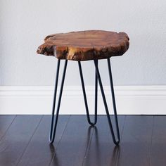 Union Rustic Jayce Unique Surface End Table , End Table Sets, Wood End Tables, Wood Table, Wood Stumps, Modern Side Table, Wood Rounds, Wood Tray, How To Distress Wood, Mid Century Design