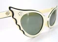 Vintage 50s Cat Eye Sunglasses Batwing