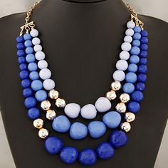 This necklace features three layers of beads, each row complement the one before… Beaded Statement Necklace, Diy Necklace, Necklace Designs, Fashion Necklace, Bohemian Jewelry, Beaded Jewelry, Chunky Jewelry, Nice Jewelry, Costume Necklaces