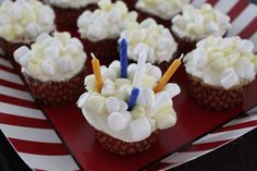 Drive In Movie Birthday Party - Popcorn cupcakes