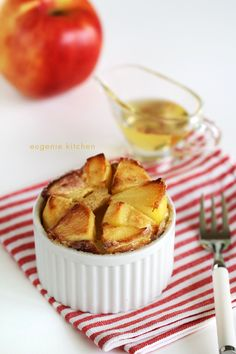 A must recipe this fall:German apple pancakes, braised apple pancakes Do you want something different for your next brunch? Try German apple pancakes. This was a hit yesterday at my place. I'm sure I will be making those again and … Continue reading →