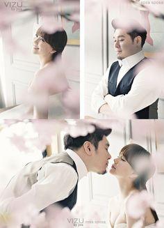 Actress Kim Ji Woo and celebrity chef Raymond Kim unveil their beautiful wedding pictorial