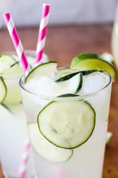 Easy Cucumber Lime Punch - The Food Charlatan I would add vodka to make it a big batch cocktail! Vodka Drinks, Drinks Alcohol Recipes, Punch Recipes, Non Alcoholic Drinks, Cocktail Drinks, Fun Drinks, Healthy Drinks, Drink Recipes, Party Drinks