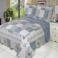 Brea Oversize Coverlet Set, Luxury Microfiber Quilt by Royal Hotel #RoyalHotel