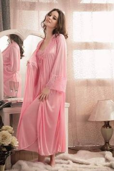 🌹 So feminine! I just love sliding into this luscious pink peignoir after a nice relaxing bath. Satin Nightie, Satin Sleepwear, Satin Gown, Satin Dresses, Silk Satin, Pink Lingerie, Pretty Lingerie, Vintage Lingerie, Beautiful Lingerie