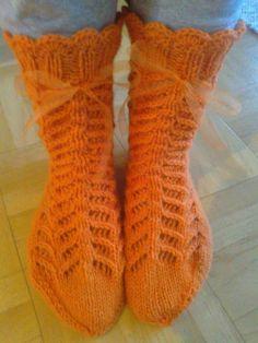 Pitsineule Novita 7-veljestä Socks, Tips, Fashion, Moda, Fashion Styles, Sock, Stockings, Fashion Illustrations, Ankle Socks