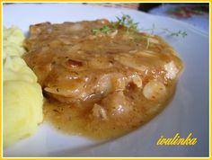 česnekovo cibulové kotletky Baked Potato, Stew, Risotto, Mashed Potatoes, Baking, Ethnic Recipes, Whipped Potatoes, Smash Potatoes, Bakken