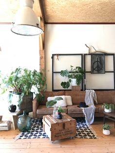 New post on mslovejoy Rustic Apartment, Apartment Living, Living Room, Small Space Kitchen, Style Deco, Industrial House, Interior Design Inspiration, Decoration Inspiration, Modern Bedroom
