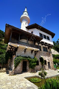 Castelul Reginei Maria din Balcik, Mary Queen Castle in Balchik, Mary Queen… Bulgaria, South East Europe, Chateaus, Queen Mary, Work Travel, Palaces, Romania, Landscape Paintings, Queens