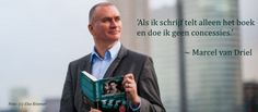 2. Dit is Marcel van Driel. Hij is getrouwd en heeft 2 kinderen. Hij heeft meer dan 40 boeken geschreven.
