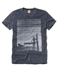 Hollister is the fantasy of Southern California, with clothing that's effortlessly cool and totally accessible. Shop jeans, t-shirts, dresses, jackets and more. Cut Up Shirts, Tie Dye Shirts, T Shirt Yarn, Tee Shirts, Hollister Tshirts, Aeropostale, Geile T-shirts, How To Look Handsome, Fashion Graphic