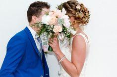 De trends in bruidskapsels 2017 Wedding Dresses, Fashion, Bride Dresses, Moda, Bridal Gowns, Fashion Styles, Weeding Dresses, Wedding Dressses, Bridal Dresses