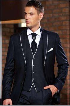 Fashionable Two Button Dark Navy Groom Tuxedos Groomsmen Men's Wedding Prom Suits Bridegroom (Jacket+Pants+Vest+Tie) - Prom Suits For Men, Formal Dresses For Men, Formal Suits, Mens Suits, Groom Tuxedo Wedding, Grey Suit Wedding, Formal Wedding, Wedding Tuxedos, Wedding Men