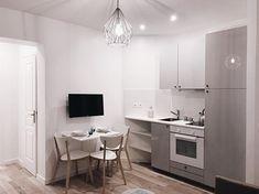 🖤 . . . . #investissementlocatif #instagood #instadecor #instadesign #interiordesign #interior #architecture #white #scandinaviandesign #design #decoration #potd #picoftheday #white #furniture #paris #france #igers #photography #decoration #lights #lunch #home #pic #homedecor #kitchen #chair #food #tv