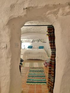 this morning I woke in our Spanish cavehouse! photo http://www.underthethatch.co.uk/cave