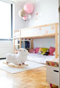LOTS of good ideas for using the Ikea Kura kids' loft bed for Maddies room Cool Bunk Beds, Kid Beds, Loft Beds, Kura Cama Ikea, Ikea Hack Kids, Ikea Hacks, Little Girl Rooms, Kid Spaces, Kids Decor
