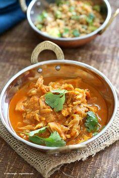 Easy Jackfruit Curry - Vegan Richa where is curry recipe Best Vegan Curry Recipe, Curry Recipes, Veggie Recipes, Indian Food Recipes, Vegetarian Recipes, Cooking Recipes, Vegan Vegetarian, Free Recipes, Soup Recipes