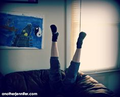 Wordless Wednesday: Legs in the Air | anotherjennifer.com