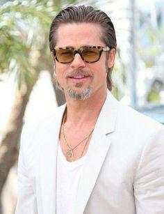 different Brad Pitt hairstyles