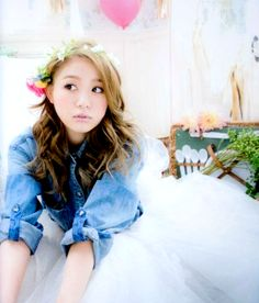 Kana Nishino Brasil: ☆ Imagens Tsubasa Honda, Eye Candy, Flower Girl Dresses, Japanese, My Favorite Things, Wedding Dresses, Celebrities, Lady, Singers