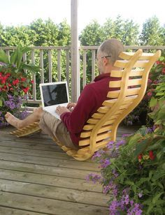 This is a neat project! See how he built a bent laminate dec.- This is a neat project! See how he built a bent laminate deck chair. This is a neat project! See how he built a bent laminate deck chair. Deck Chairs, Cool Chairs, Outdoor Chairs, Outdoor Decor, Garden Furniture, Wood Furniture, Furniture Design, Outdoor Furniture, Cardboard Furniture