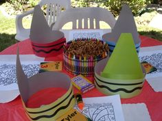 art themed birthday party. Love the hats and center pieces