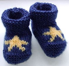 Baby Star HAND KNITTED booties