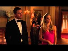 """Arrow 2x08 Oliver and Felicity """"Time for a dance"""""""