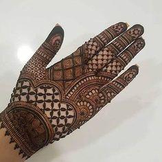 Mehndi Designs Front Hand, Legs Mehndi Design, Stylish Mehndi Designs, Latest Bridal Mehndi Designs, Full Hand Mehndi Designs, Henna Art Designs, Mehndi Designs For Beginners, Latest Mehndi Designs, Mehandi Designs