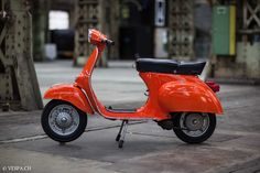 Vespa Primavera 1975, orange, in O-lacquer, original lacquer, Vespa Smallframe like Vespa 50SS, ET3, VE8PA.CH-24