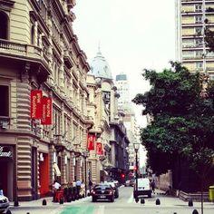 fotosdebuenosaires:  #building #architecture #downtown #buenosaires #argentina #instagramers #picoftheday #igersbsas #instaarg #fotodeldia #fotosdebuenosaires #loves_buenosaires (en En Santa Catalina)